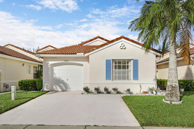Lake Worth Single Family Home For Sale: 7099 Burgess Drive
