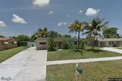 West Palm Beach Single Family Home For Sale: 3385 Housatonic Drive