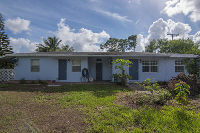 Lake Worth Multi Family Home For Sale: 4860 Clinton Boulevard