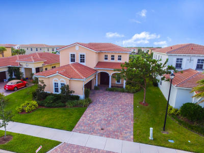 Jupiter Single Family Home For Sale: 160 Rudder Cay Way
