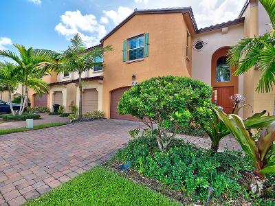 Palm Beach Gardens Townhouse For Sale: 4628 Mediterranean Circle