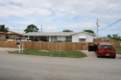 Lake Worth Single Family Home For Sale: 1013 Florence Road