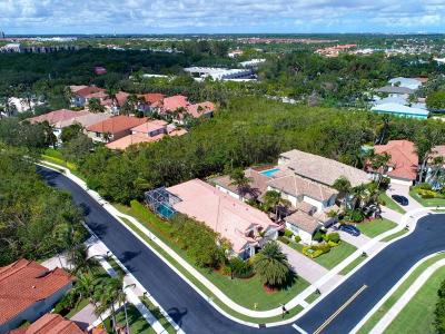 North Palm Beach Single Family Home For Sale: 717 Charlestown Circle