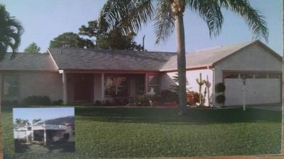 Port Saint Lucie Single Family Home For Sale: 3066 SE Miracle Lane
