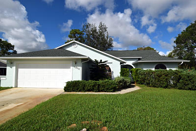 Port Saint Lucie Single Family Home For Sale: 2494 SE Whitehorse Street