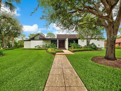 Broward County, Miami-Dade County, Palm Beach County Single Family Home For Sale: 564 Muirfield Drive