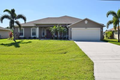Port Saint Lucie Single Family Home For Sale: 2374 SW Savage Boulevard