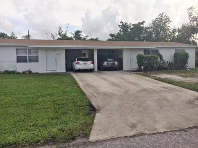 Lake Worth Multi Family Home For Sale: 4186 Kirkland Lane