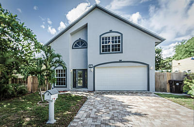 West Palm Beach Single Family Home For Sale: 718 Fernwood Drive