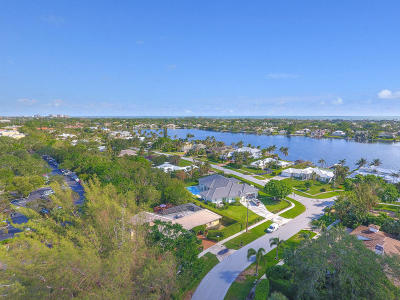 North Palm Beach Single Family Home For Sale: 11753 Landing Place
