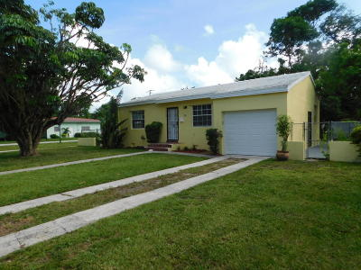 Miami Single Family Home For Sale: 202 NW 92nd Street