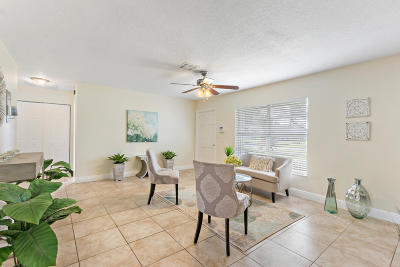 Delray Beach Single Family Home For Sale: 4711 Ellwood Drive
