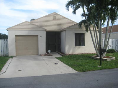 Boynton Beach Single Family Home For Sale: 50 Hastings Lane