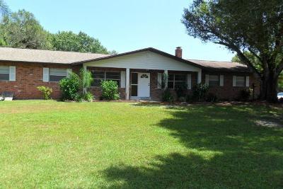 Fort Pierce Single Family Home For Sale: 5604 SW Oleander Avenue