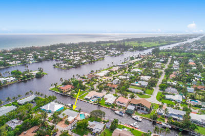 Delray Beach Single Family Home For Sale: 811 Chukker Road