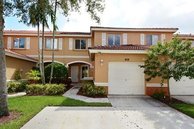 West Palm Beach Townhouse For Sale: 6118 Whalton Street