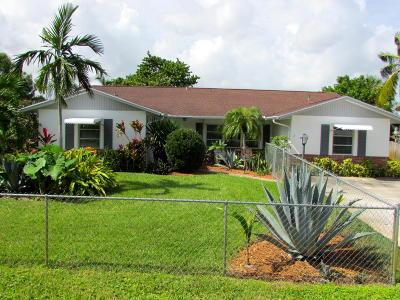 Stuart Single Family Home For Sale: 1380 SE Sand Dollar Lane