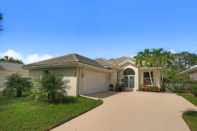 Hobe Sound Single Family Home Contingent: 7607 SE Bay Cedar Circle