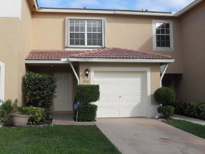 Lake Worth Townhouse For Sale: 6972 Mill Brook Place