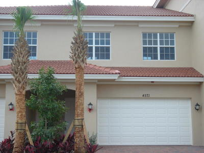Townhouse Contingent: 4571 Artesa Way S