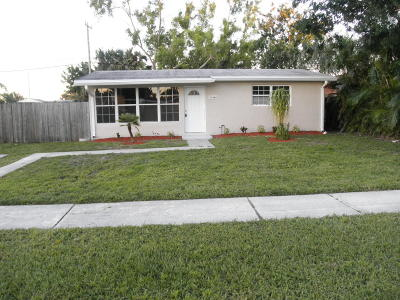 Royal Palm Beach Single Family Home For Sale: 11673 Balsam Drive