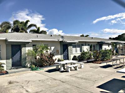 Lake Worth Multi Family Home For Sale: 611 Federal Highway