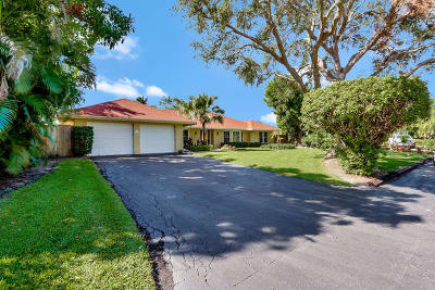 Tequesta Single Family Home Contingent: 47 Pinetree Place