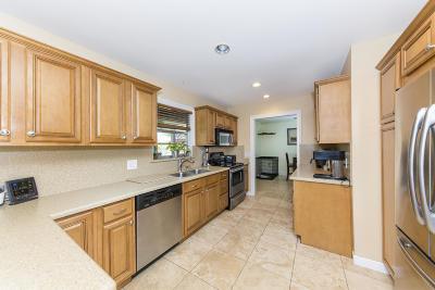 Stuart Single Family Home Contingent: 5456 SE 52nd Avenue