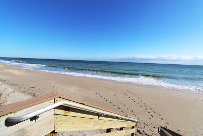 Jensen Beach Condo For Sale: 9500 S Ocean Drive #102