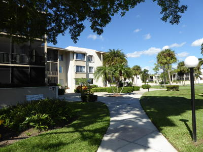 Palm Beach Gardens Condo For Sale: 11811 Avenue Of The Pga #7-1d