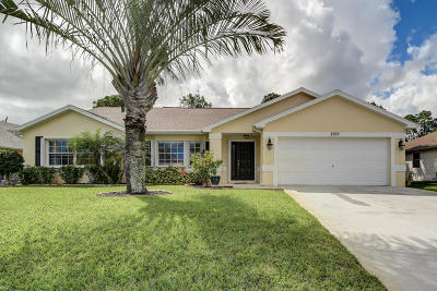 Port Saint Lucie Single Family Home Contingent: 2122 SW Leafy Road