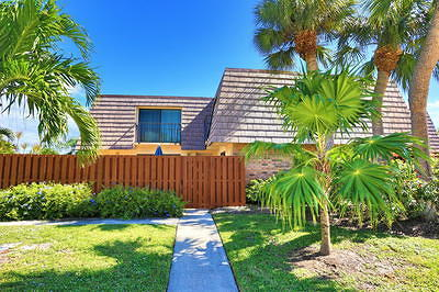 Jupiter Single Family Home For Sale: 125 Ocean Cove Drive
