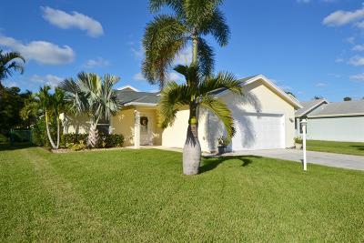 Stuart Single Family Home Contingent: 2439 SW Riviera Road