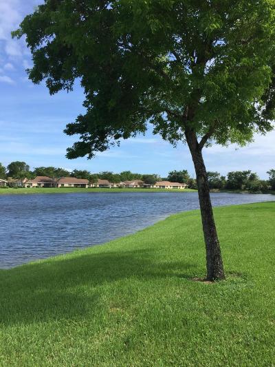 Boca Raton Single Family Home For Sale: 8131 Songbird Terrace