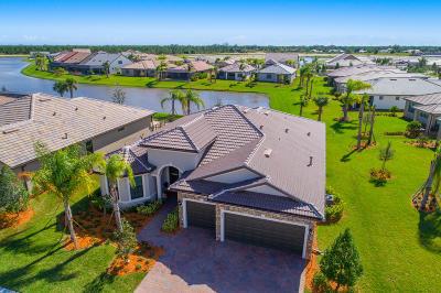 Single Family Home Sold: 345 SE Huntington Circle