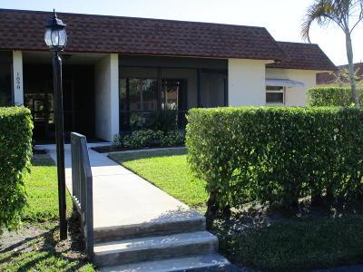 Boynton Beach Single Family Home For Sale: 1898 Palmland Drive #4