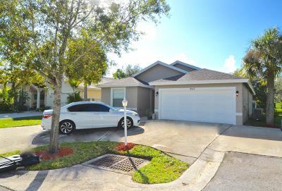 Stuart Single Family Home For Sale: 2512 Century Way