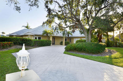 Vero Beach Single Family Home For Sale: 349 Riverway Drive