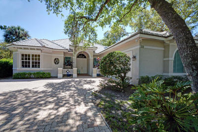 Vero Beach Single Family Home For Sale: 170 Island Cottage Lane