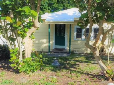 Lake Worth Single Family Home For Sale: 4488 Coconut Road