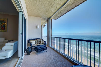 Fort Pierce Condo For Sale: 4160 A 1 A Highway #1306