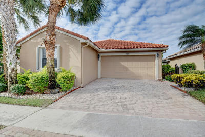 Boynton Beach Single Family Home For Sale: 11583 Colonnade Drive