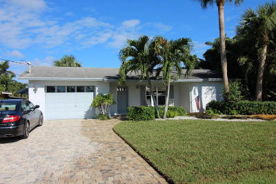 Palm City Single Family Home For Sale: 1463 SW Seagull Way