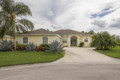 Jensen Beach Single Family Home For Sale: 510 NW Sunflower Place