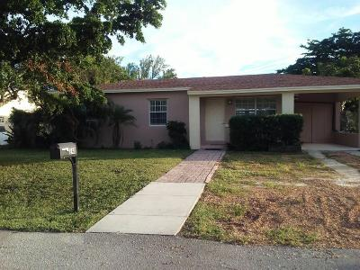 Delray Beach FL Single Family Home For Sale: $299,999