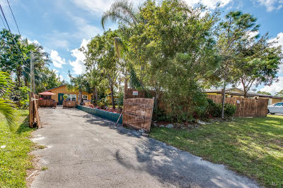 West Palm Beach Single Family Home For Sale: 4708 Sunset Lane