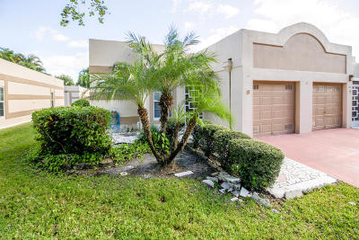 Boca Raton Single Family Home For Sale: 18940 Stewart Circle #8