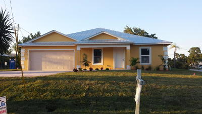Palm City Single Family Home For Sale: 4093 SW 66th Avenue