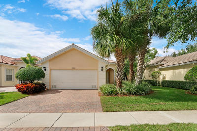 Wellington Single Family Home For Sale: 2055 Hermitage Drive