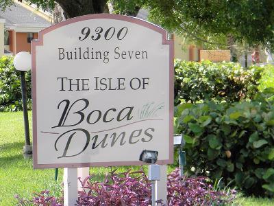 Boca Raton Condo For Sale: 9300 SW 8th Street #304